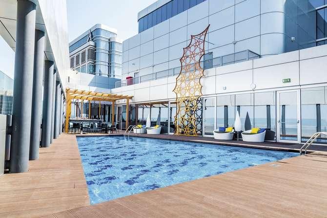 Pearl Rotana Capital Centre Al Raha Corniche