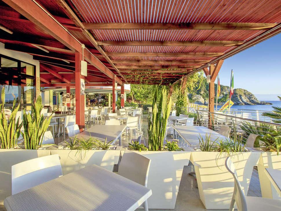 Hotel Eden Village
