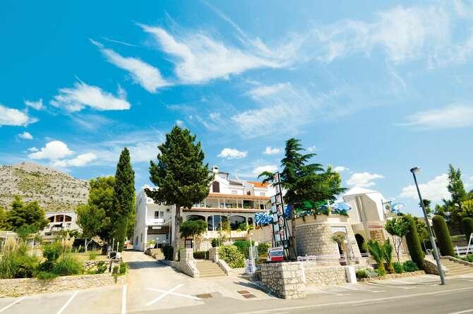 Hotel & Villa Vicko Starigrad