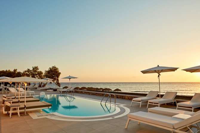 Costa Grand Resort & Spa Kamari