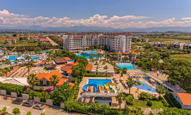 Serenis Hotel Side