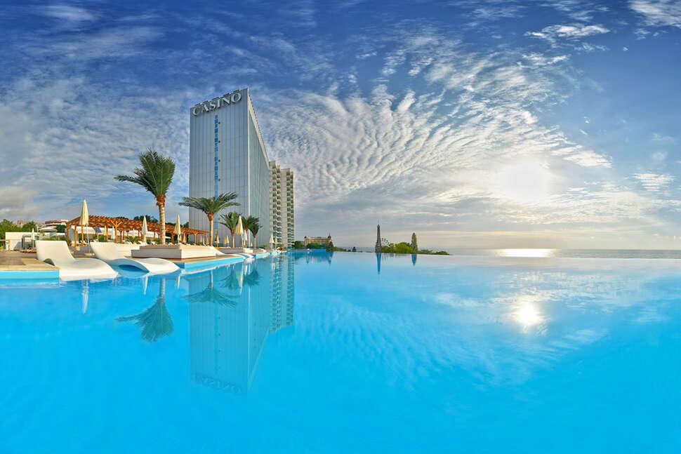 Hotel Casino Tower Suites