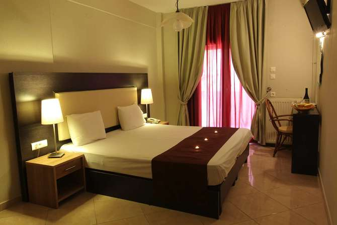 Meliton Inn Hotel & Suites Néos Marmarás