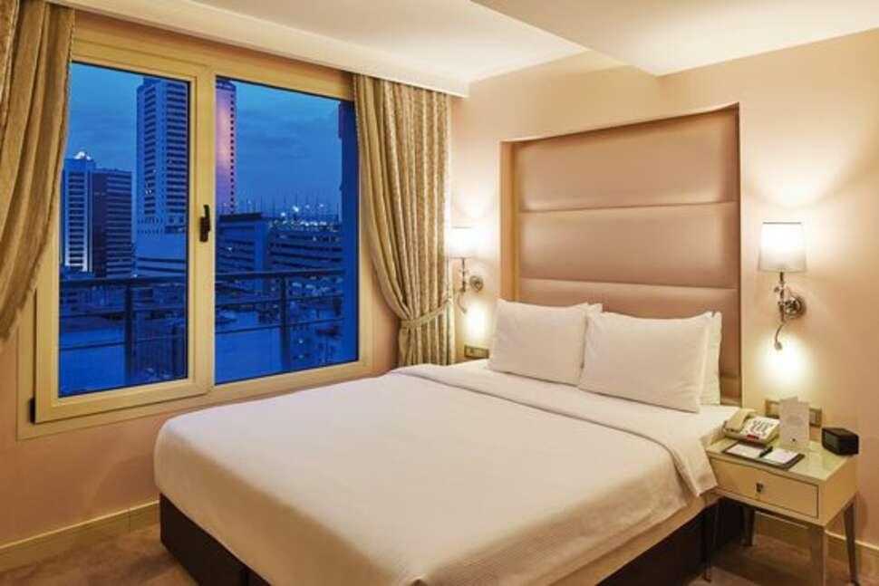 Hotel Izmir - Alsancak