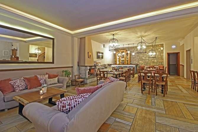 Arion Delphi Hotel Dhelfoí