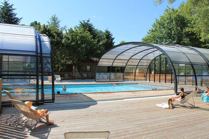 Huttopia Camping Les Chateaux Bracieux