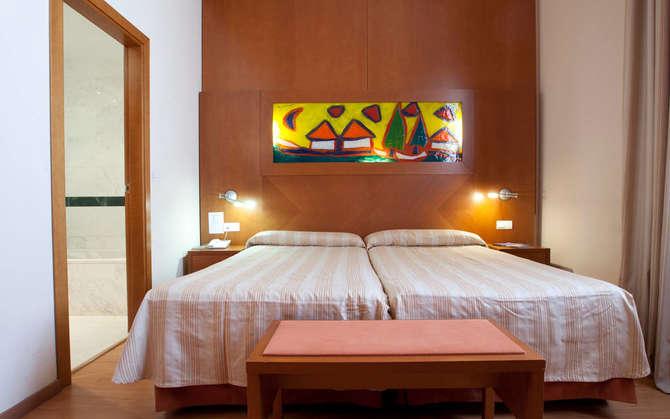 Hotel Checkin Valencia Valencia