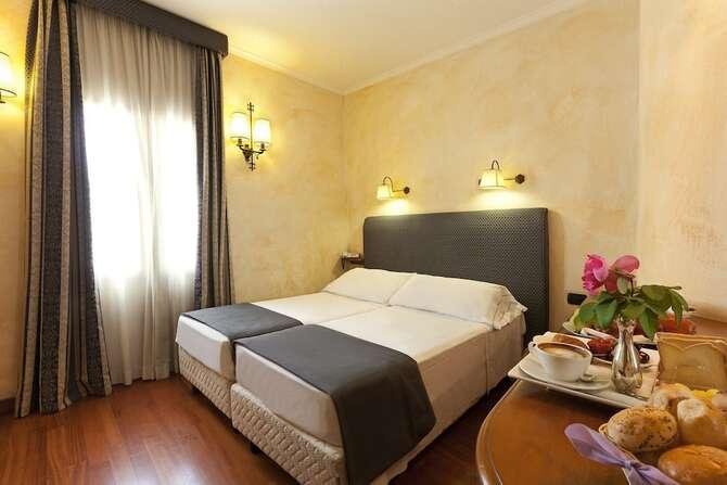 Hotel La Fenice Rome