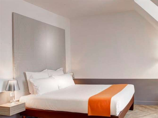 Contact Hotel Alize Montmartre Parijs