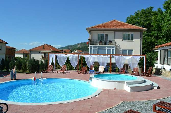 Appartementen Basoski Ohrid