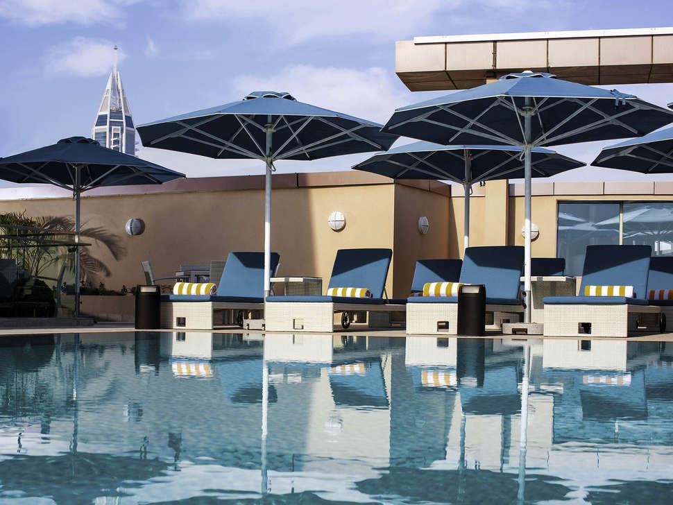 Pullman Dubai Lakes Tower