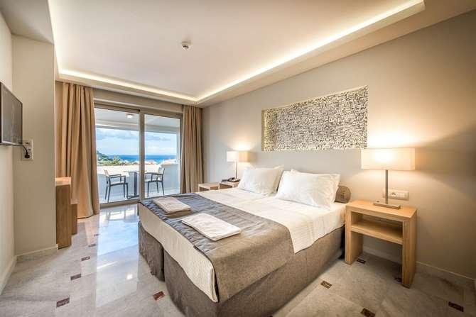 Azure Resort Tsilivi