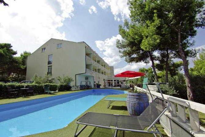 Hotel Sveti Kriz Trogir