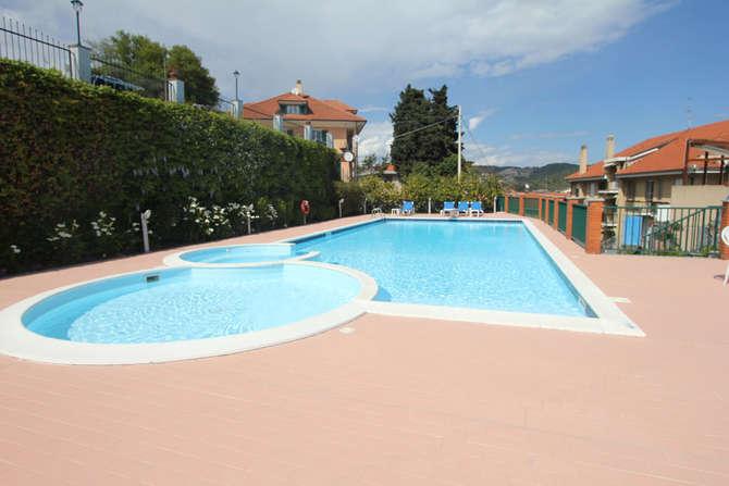 Hotel Liliana Andora