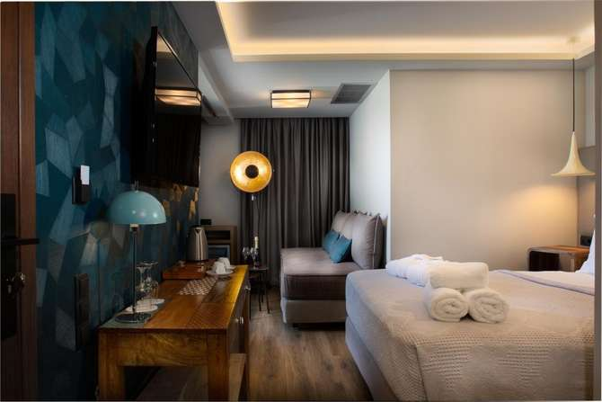 360 Degrees Pop Art Hotel Athene