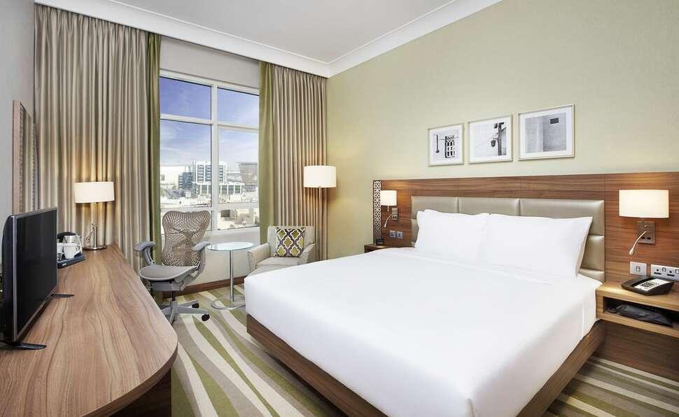 Hilton Dubai Muraqabat