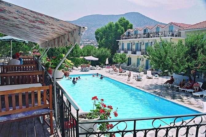 Hotel Theofilos Classic Petra (Lesbos)