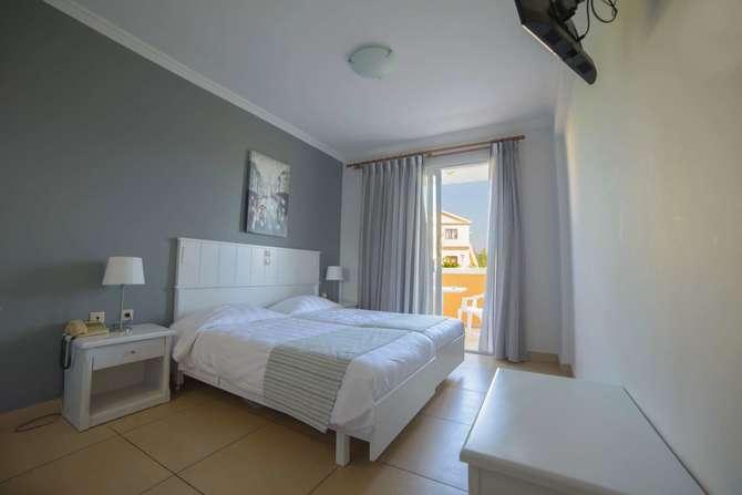 Hotel Athina Agios Stefanos