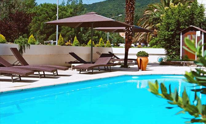 Hotel La Reine Amelie els Banys d'Arles