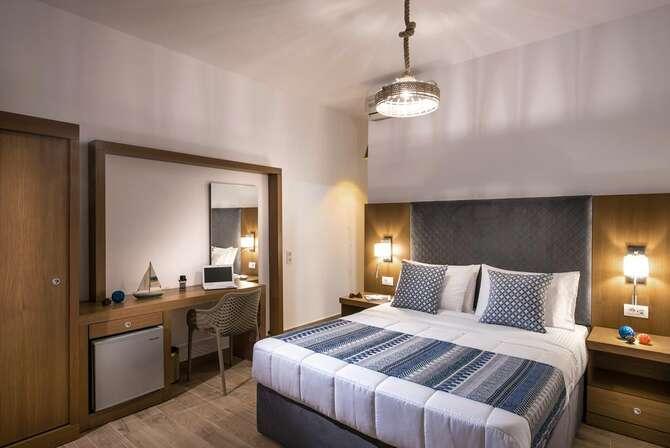 Yianna Caravel Beach Hotel Amoudara