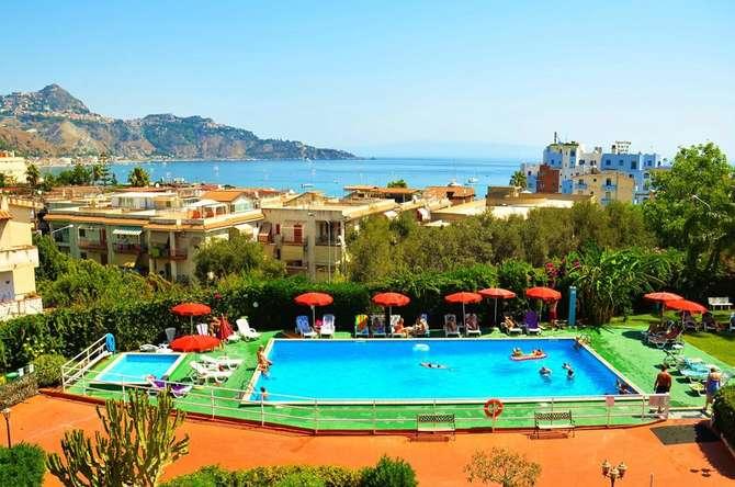 Villa Giardini Giardini Naxos