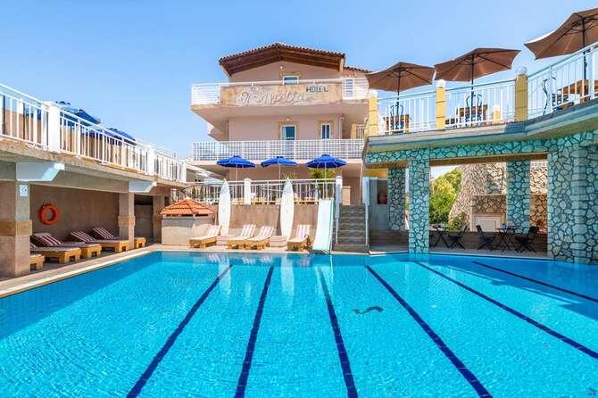 Marietta Hotel & Appartementen Trianda (Ialyssos)