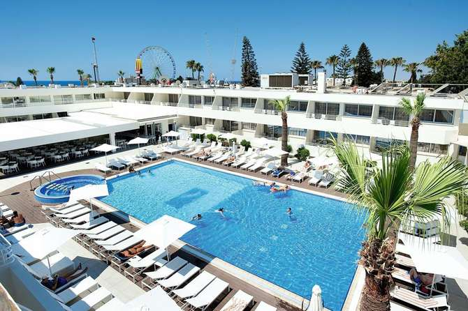 MelpoAntia Luxury Appartementen & Suites Ayia Napa