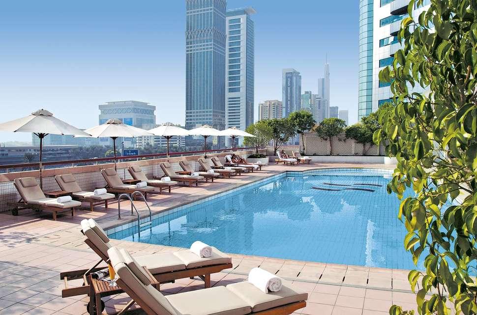 Last minute zonvakantie Dubai 🏝️Crowne Plaza Dubai - Sheikh Zayed Road