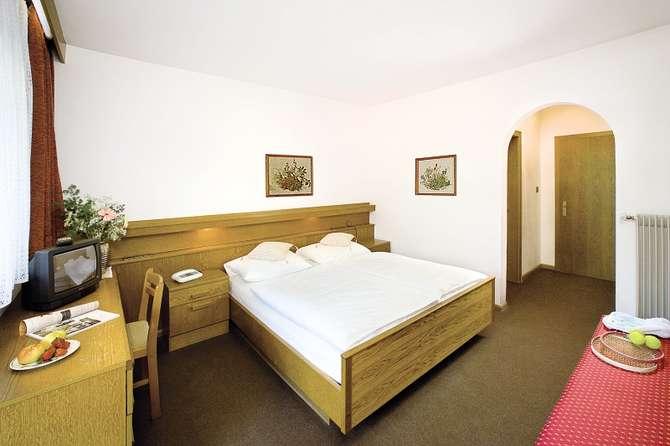 Wirtshaushotel Alpenrose San Lorenzo di Sebato - St. Lorenzen
