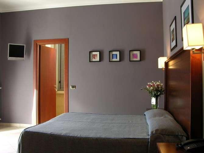 Hotel Taormina Rome