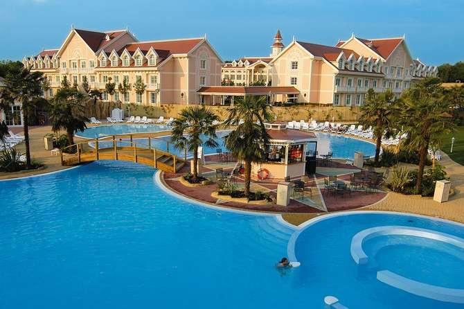 Gardaland Resort & Adventure Hotel Peschiera del Garda