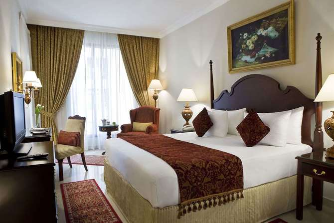 Two Seasons Hotel & Appartementen Dubai