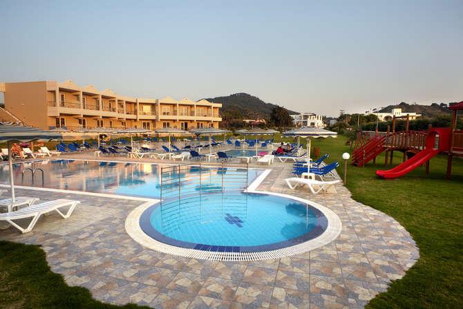 Emerald Hotel Trianda (Ialyssos)