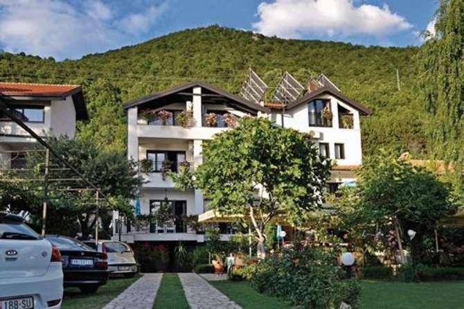 Villa Klia Lagadin