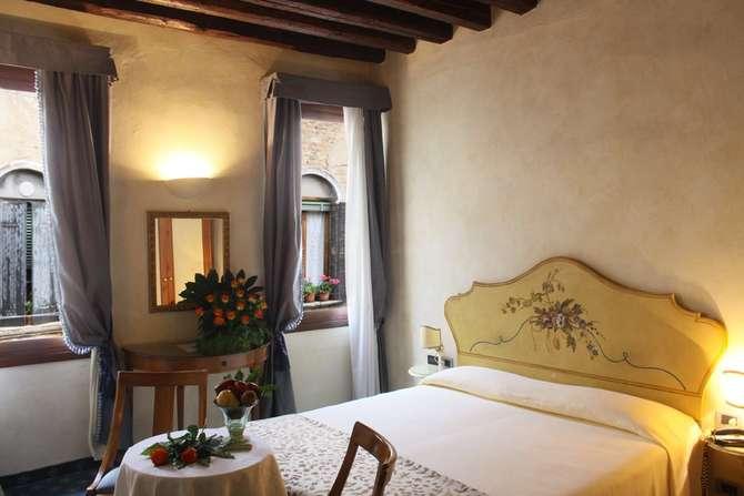 Hotel Ai Due Fanali Venetië