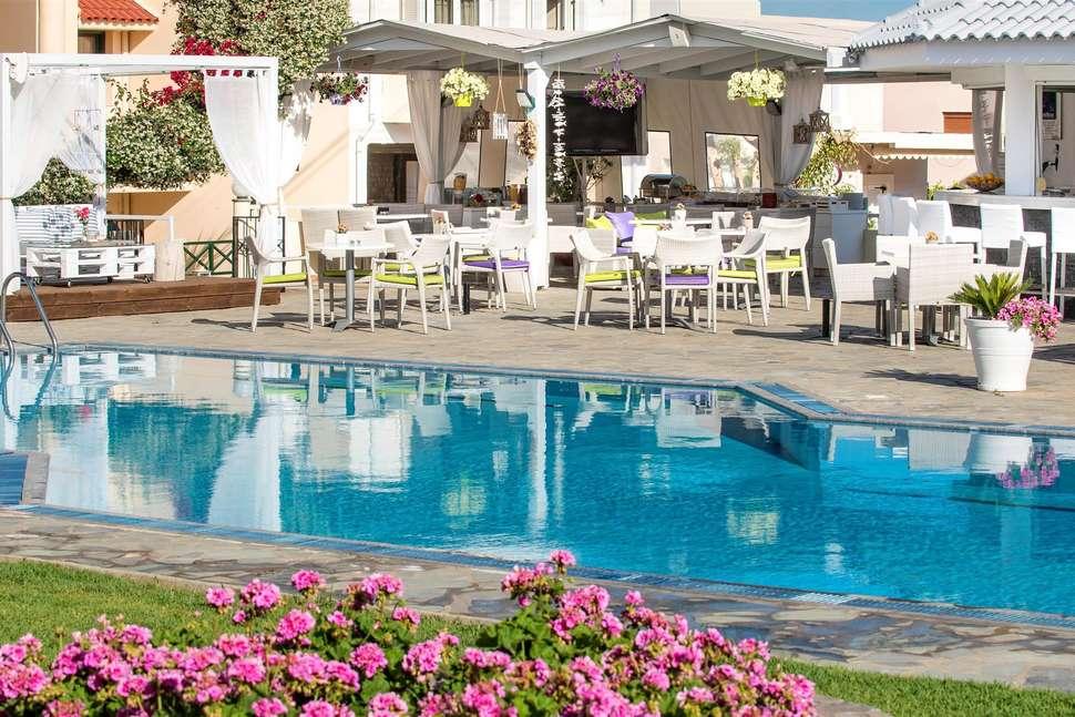 Kristalli Hotel
