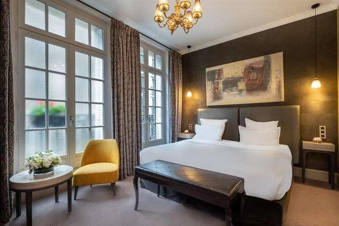 Champs Elysees Plaza Hotel Parijs