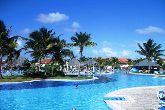 Hotel Playa Pesquero Playa Esmeralda