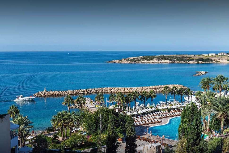 Coral Beach Hotel Resort