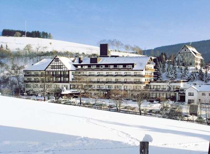 Sauerland Alpin Hotel Grafschaft
