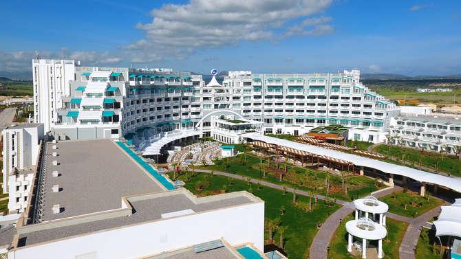 Limak Cyprus Deluxe Hotel Vokolidha