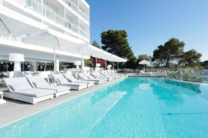 Grupotel Ibiza Beach Resort Cala Portinatx