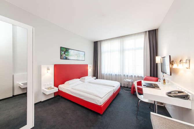 Novum Select Hotel Berlin Checkpoint Charlie Berlijn