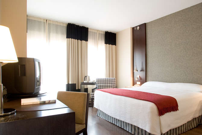 NH Hotel Barcelona Eixample Barcelona
