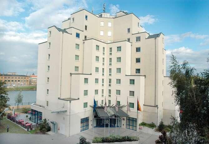 Hotel NH Berlin Treptow Berlijn