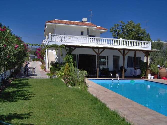 Hotel Varelis Archángelos