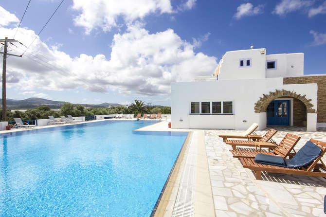 Naxos Holidays Naxos-Stad