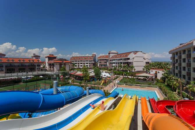 PrimaSol Hane Family Resort Side