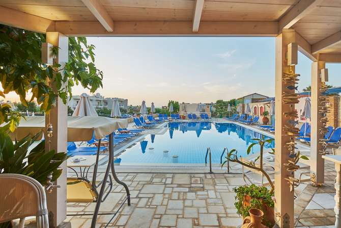 Appartementen Golden Bay Malia