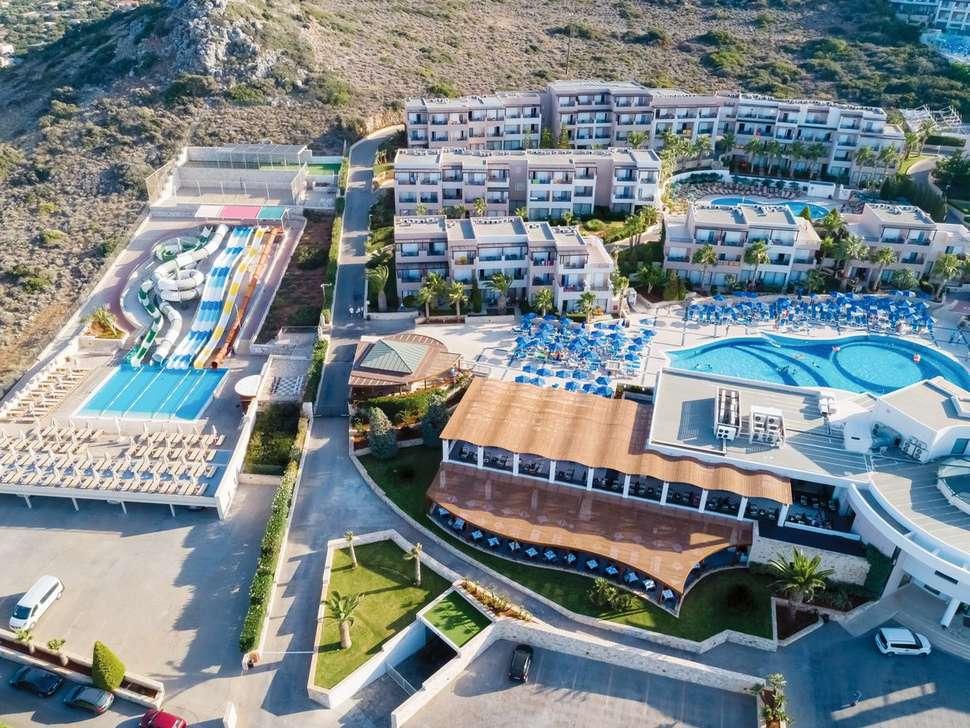 Grand Holiday Resort